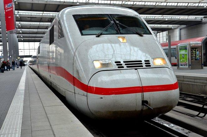 Lange Züge, lange Geschäftsbedingungen - die Deutsche Bahn