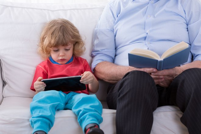What's the ideal age to start using tablets?